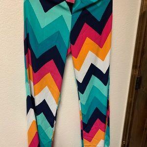 NWT - Women's Palazzo pants L fits more like a M.
